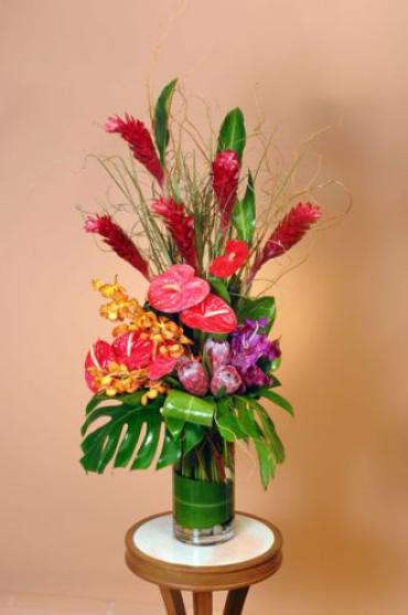 Large Tropical Arrangement