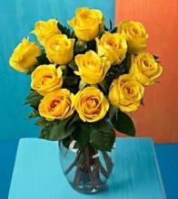 Dozen Yellow Medium Stemmed Roses in a Vase